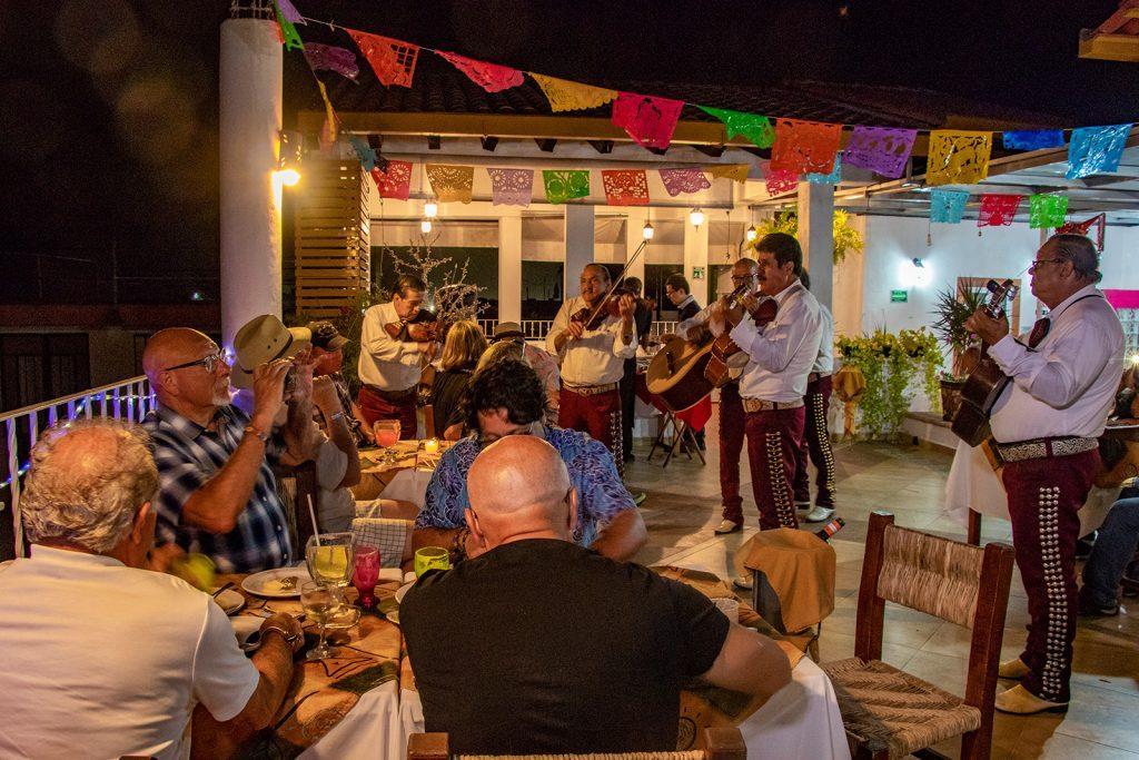 cenas-y-eventos-en-restaurante-de-mariscos-en-puerto-vallarta