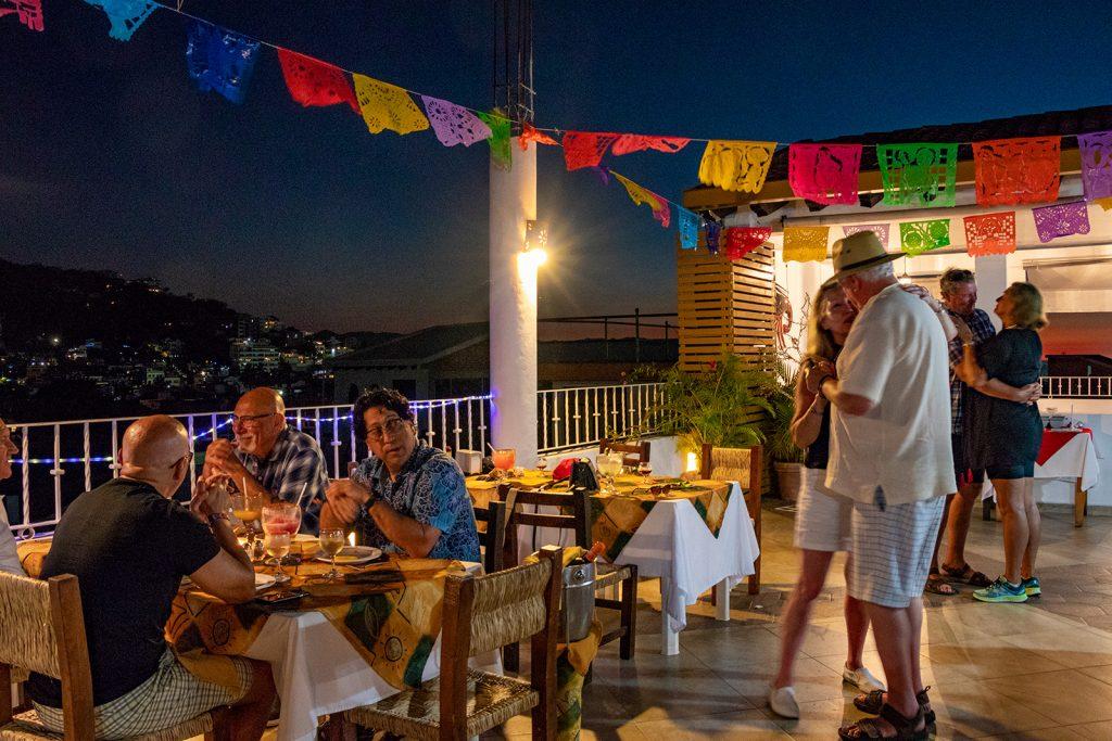 reserva-eventos-en-restaurante-de-mariscos-en-puerto-vallarta