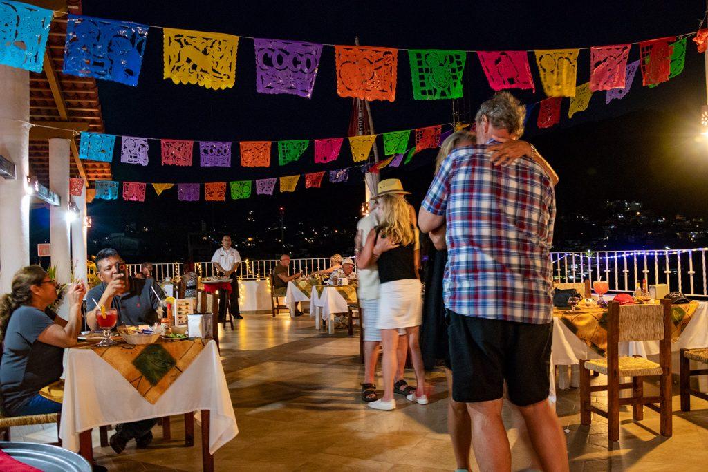 reservaciones-para-eventos-en-restaurante-de-mariscos-en-puerto-vallarta